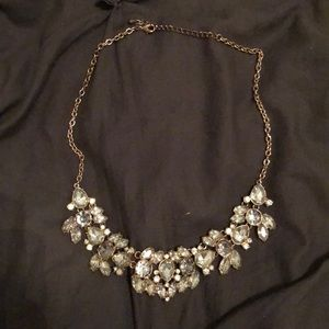 GORGEOUS grey/silver necklace!